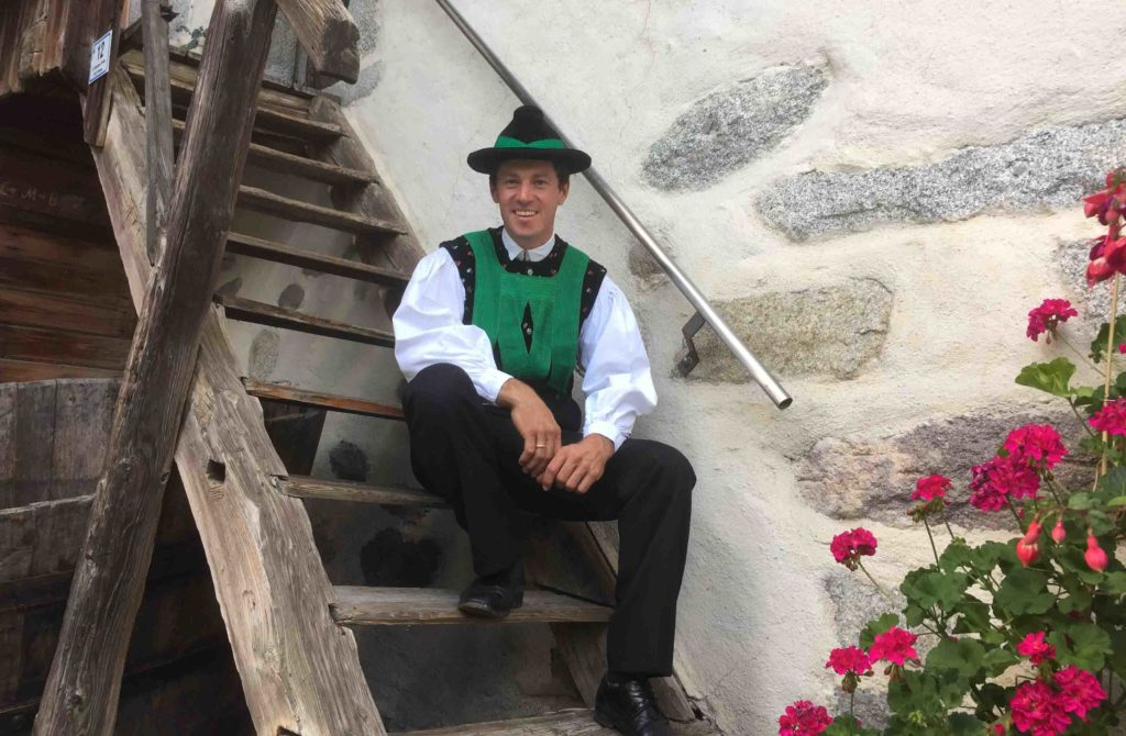 This is Matthias from Schenna a village in South Tyrol. He is wearing the traditional uniform of a community association.