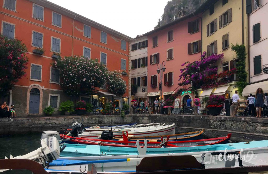 This is Limone, one of the most famous cities at Lake Garda in Italy. I love about that cute city are the narrow streets and the unique Italian architecture.