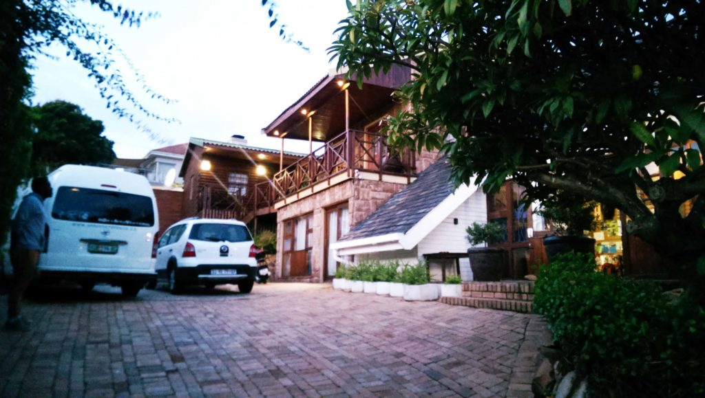 Port Elizabeth is the end of the Garden Route in South Africa and about eight hours away from Cape Town. The hostel Lungile Backpackers is in the picture.