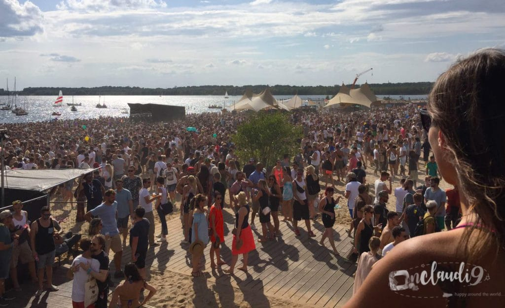 This is TH!nK?Festival which is one of the biggest day techno/ electronic festival in Middle Germany taking place on the shores of Lake Cospuden in Leipzig.